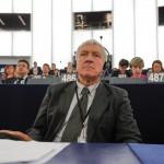 """PSD si Mircea Diaconu au aparat ordonanta neagra in dezbaterea din PE: """"Ar fi tragic si inacceptabil ca strada sa rastoarne un guvern"""""""