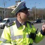 Interventie in forta in Piata Victoriei. Politistii au incercat sa ridice o dubita care apartine protestatarilor – Video