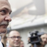 """Dragnea, din nou in fata judecatorilor. Liderul PSD a dorit sa arate si in sala de judecata cine este seful: """"Smecheras Liviu Dragnea"""""""