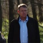 Presedintele Iohannis face un gest simbolic si transmite un mesaj esential despre defrisari
