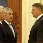 Comportament jignitor din partea lui Dragnea si Tariceanu fata de presedintele Romaniei la sosirea acestuia in Parlament. Iohannis i-a pus la punct