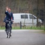 """Marian Oprisan (PSD) se crede superior premierului Olandei: """"Avem responsabilitati, nu putem merge cu bicicleta la serviciu"""""""