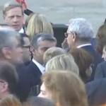 S-a aflat, ce a discutat Dragnea cu directorul SRI in curtea Ambasadei SUA. Seful PSD era nervos, a primit un avertisment foarte serios