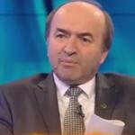 Tudorel Toader ii da indicatii lui Iohannis prin intermediul postului PSD Romania TV. Cand ar trebui presedintele sa o demita pe Kovesi