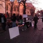 Peste 20 de ore de protest continuu la Sibiu in fata sediului PSD. Iata-i prezenti la ora 7 dimineata. Pana si jandarmii au fost impresionati – Video