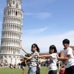 """""""Unii sunt surprinsi ca pot respira fara sa tuseasca"""". Numarul turistilor chinezi in vestul si estul Europei va creste considerabil"""