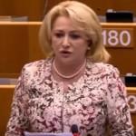 """Dancila a atras deseori atentia la Bruxelles: """"O vad mereu prin parlament cu plase, pungi, geamantane de cumparaturi. Cum sa-ti inchipui un asa cap de matura intalnindu-se cu Merkel sau Macron?"""""""