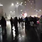 "Noi proteste anti-PSD, manifestantii au iesit din nou in strada pe o vreme foarte urata: ""Asteptam Martisor fara infractori"" – Video"