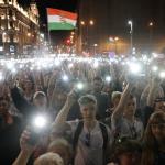 #Rezist in Budapesta. Demonstratie de mare amploare, Viktor Orban nu este lasat sa instaureze dictatura cu ajutorul manipularilor din presa