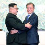 Prima consecinta a acordului dintre cele doua Corei. Razboiul propagandistic penibil de la granita celor doua state a fost suspendat