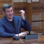 "Dragos Patraru l-a facut praf pe Liviu Plesoianu chiar in Parlament: ""Este absolut incredibil"". Cum s-a facut de ras din nou deputatul PSD – Video"