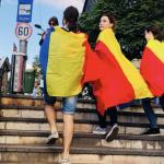 """""""Nu s-a terminat. Hai in strada!"""". Piata Victoriei se umple din nou dupa ce borfasii PSD-ALDE si-au impus propriul Cod Penal in Parlament"""