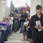 Imaginea zilei: Kovesi, sustinuta si aplaudata de zeci de procurori DNA in ultima sa aparitie ca sefa a DNA. Si jurnalistii au aplaudat-o