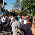 Dragnea trece la atac. Contramanifestatie PSD, sute de oameni au fost adusi in fata Palatului Cotroceni – Video
