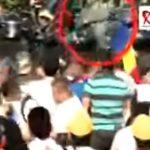 Imagini dramatice, momentul in care jandarmii ii lovesc cu salbaticie pe protestatarii din Piata Victoriei – Video