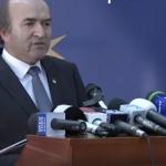 Manipulare ordinara a lui Tudorel Toader la finalul declaratiei de presa. A urmarit sa arunce jurnalistii pe o pista falsa