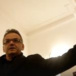 Coalitia pumnului in gura. Doi jurnalisti au fost agresati si amenintati de Coalitia pentru Familie – Video
