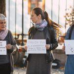 Acesti oameni nu cedeaza, sunt din nou in strada. Singurul protest fata de adoptarea ordonantei pe justitie a avut loc la Sibiu – Video