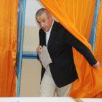Tariceanu stie deja ca referendumul nu va fi validat. A votat pe furis, pentru a nu fi asociat cu dezastrul