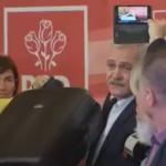 """Dragnea, reactie caraghioasa, a venit cu 2 valize la CEX: """"Nu va intereseaza golaniile facute de procurori in legatura cu presedintele Romaniei"""""""
