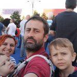 """Protestatar #Rezist, promisiune in cel mai mare ziar din Elvetia: """"Raman sa lupt"""". Regimul Dragnea, imagine inspaimantatoare"""