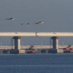 Presedintele Ucrainei a convocat consiliul de razboi. Rusia a atacat trei nave in Marea Neagra, doi oameni au fost raniti