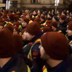 "Incepe revolutia si in Ungaria. Zeci de mii de oameni s-au strans in Piata Kossuth: ""Afara cu Viktor Orban"". Imagini live"