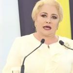 """Consilierii au pus-o pe Dancila sa spuna inca o mare tampenie. Premierul vrea sa-l salveze pe Iohannis: """"Nu-l putem lasa sa-si incalce atributiile"""""""