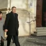Iohannis, surprins la slujba de Craciun. Dragnea nu indrazneste sa iasa in public, se ascunde – Video