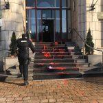 """""""Sange"""" si cutite pe treptele Ministerului Justitiei. Tudorel Toader nu trebuie sa scape de responsabilitatea pentru crima de la Medias"""