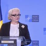 "Dancila, gafe ridicole in cascada intr-un discurs la Bruxelles. A stalcit cuvinte si a anuntat ca va ""combate"" Holocaustul"