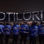 Un nou miting de protest, manifestantii merg in vizita la Tudorel Toader. Solidaritate extraordinara, actorii de la TNB se alatura protestului