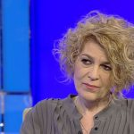 """Sluga penibila"". Carmen Avram ii aduce ode fierbinti lui Dancila: ""Discurs fabulos in Parlamentul European, m-a atins la inima"""