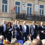 """Liderii PSD, miting de doar 15 minute in Brasov. Femeie de 70 de ani: """"Rusine, banditilor!"""". Jandarmii intervin – Video"""