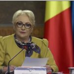 "Dancila, citind de pe ""hartiuta"" fara sa inteleaga nimic: ""Circul si jignirile la care am asistat m-au dezamagit profund"" – Video"