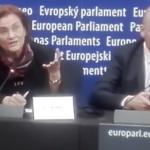 "Maria Grapini si-a socat audienta la Strasbourg vorbind o engleza imposibila. Dragnea: ""Candidatii PSD trebuie sa stie o limba straina"" – Video"