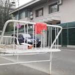 """""""Criminalule, la puscarie"""". Ion Iliescu a primit cadou de ziua sa un pat de puscarias – Video"""