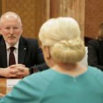 Teapa, Dragnea! Surse: Timmermans ar fi reusit, pentru moment, sa blocheze adoptarea OUG-urilor pe justitie. Promisiunea lui Dancila