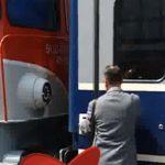 """Guvernarea prostilor. Ministrul Transporturilor, Razvan Cuc, a ramas blocat in tren: """"Am fost multumit"""" – Video"""