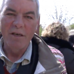 """""""Daca Liviu Dragnea va pleca, vor pleca si alocatiile, vor pleca si pensiile"""". Cum ii sperie PSD pe satenii din Moldova – Video"""
