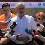 Guvernarea prostilor. Dragnea, Cuc si Olguta au inaugurat de fapt un drum de acces al utilajelor, nu drumul expres Craiova-Pitesti