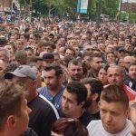 Disperare mare in PSD. BEC refuza sa prelungeasca programul de vot, zeci de mii de romani sunt in continuare la coada in diaspora