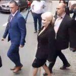 """""""Sunt siderata"""". Alungata si din Arad, Viorica Dancila isi face singura curaj: """"Nici mie, nici colegilor mei nu ne este teama"""""""