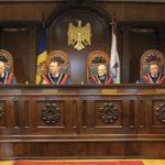 Si in Moldova, Curtea Constitutionala este in slujba unui infractor. Lovitura de stat, presedintele tarii este suspendat