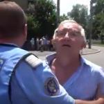 Noi agresiuni. Un PSD-ist a vrut sa-si dea jos pantalonii, la Cotroceni, dupa ce i-a injurat pe jurnalisti – Video