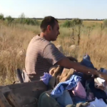 """Alex Dima (Pro TV) l-a fortat pe un teleormanean sa isi ia inapoi gunoaiele aruncate in natura: """"Impreuna putem schimba locul in care traim!"""" – Video"""