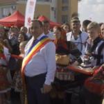 """""""Viorica, Viorica!"""". Dancila, campanie ceausista cu primari burtosi si copii obligati sa o aplaude – Video"""
