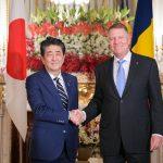 Iohannis s-a intalnit cu premierul Japoniei. In 2018, PSD si-a batut joc de acesta cand a venit la Bucuresti