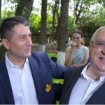 """PSD Constanta, concert-pomana cu Fuego pentru pensionari din bani publici. Pensionarii au primit si """"dulciuri, produse de patiserie, sucuri si diverse cadouri"""""""