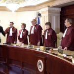 Zi neagra pentru pesedistii din CCR. Au fost nevoiti sa asculte cum Iohannis ii pune la punct, dupa ce au validat rezultatul alegerilor – Video